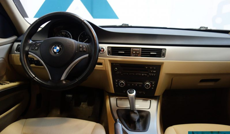 BMW 318 i E91 Touring Business **Hieno** full