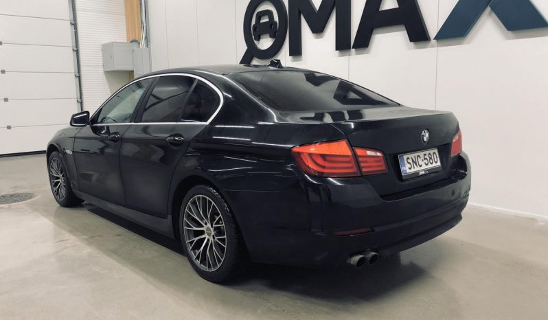 BMW 520 i A TwinPower Turbo F10 Sedan Business **Hieno yksilö** full