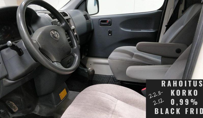 Toyota Hiace 2.5 D4D 117 5ov 4wd pitkä full