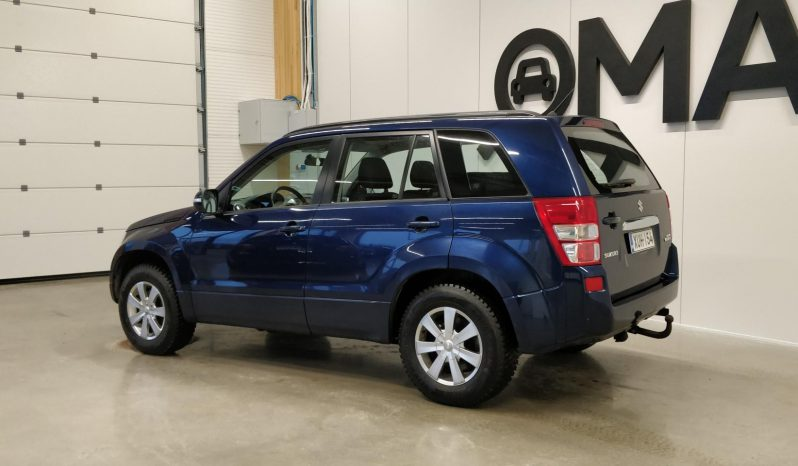 Suzuki Grand Vitara 2,4 **Rahoituskorko 1,99%** VVT 4WD 5d A full