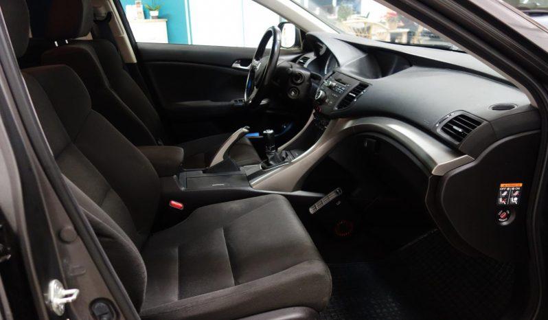 Honda Accord 2.0 Comfort Business 4d full
