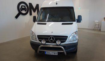 Mercedes-Benz Sprinter Matkailuauto full