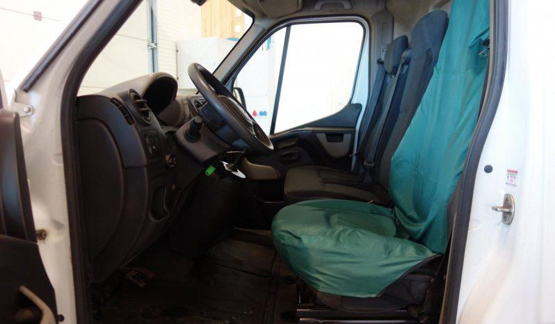Renault Master 2,3 dCi 146 A L3H2 13m3 **Automaatti** **Webasto** full