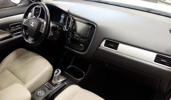 Mitsubishi Outlander PHEV Plug-in Hybrid In style 4WD full