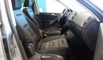 Volkswagen Tiguan Track & Field 2,0 TDI 103kw 4motion A **Webasto** **Vetokoukku** **Lasikatto** full