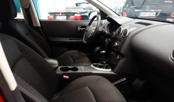 Nissan Qashqai 1.6 Visia 4×2 5-ov**Lasikatto** full