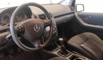 Mercedes-Benz A 160 BE Classic 3d full