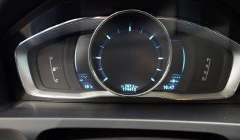 Volvo V60 D2 R-Design A **Harvinainen väri** **Laajakasko vuodeksi 199€** full