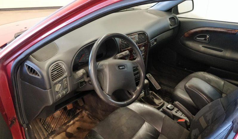 Volvo V40 1.9D 4d full