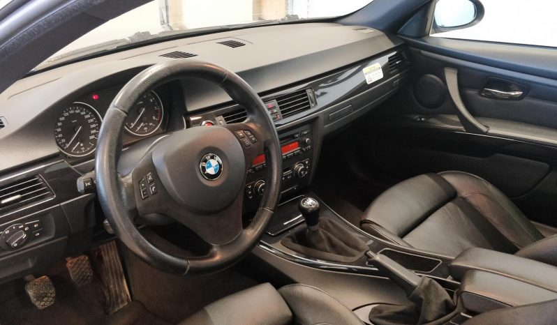 BMW 325 i Coupe **M-Sport man **Upea** full