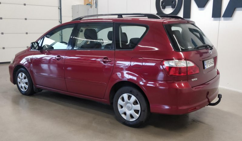 Toyota Avensis Verso 2.0 **7-paikkainen**VVT-i 5d full