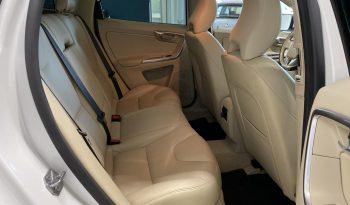 Volvo XC60 D5 AWD Business A **LAAJAKASKO VUODEKSI VAIN 199 EUROA** full